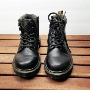 Dr. Marten Padley J Mix Boots Size 13 Children